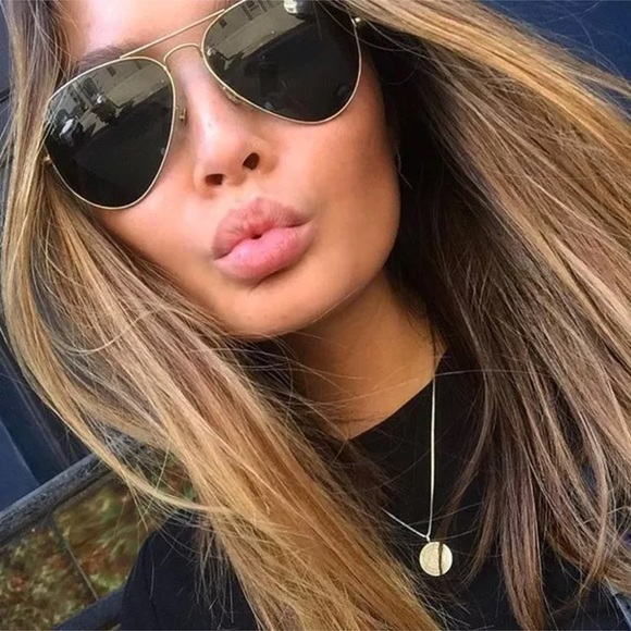 c7695a04b57cc0 Accessories   Ray Ban Aviator Sunglasses With Gold Frame   Poshmark